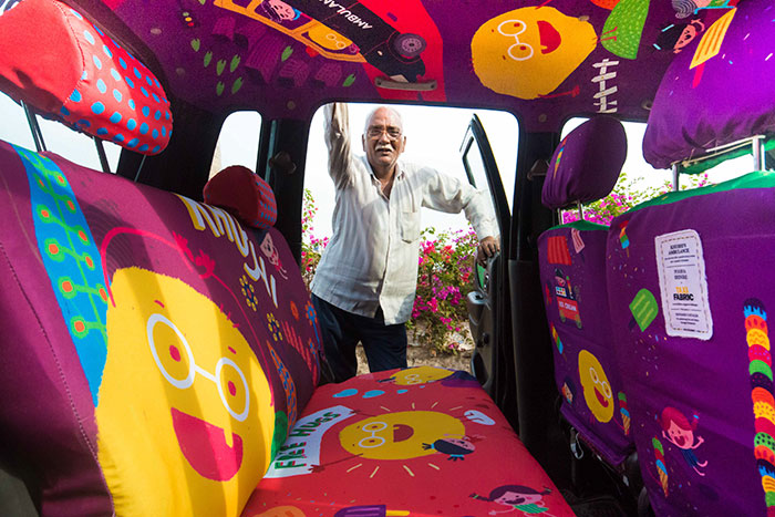 This 75-Year-Old Taxi Driver Helps People In Emergencies, So We Decided To Give His Cab The Design Treatment