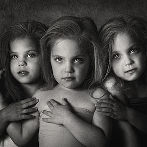 Life Of Triplets: I Document The Joys Of Raising My Six Kids