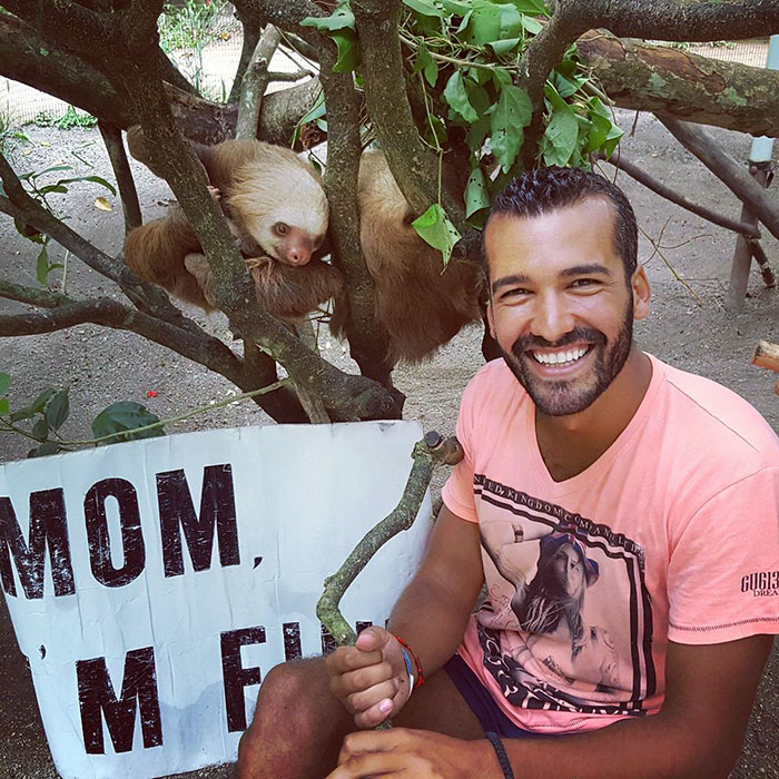 mom-im-fine-guy-travels-around-the-world-jonathan-quinonez-13