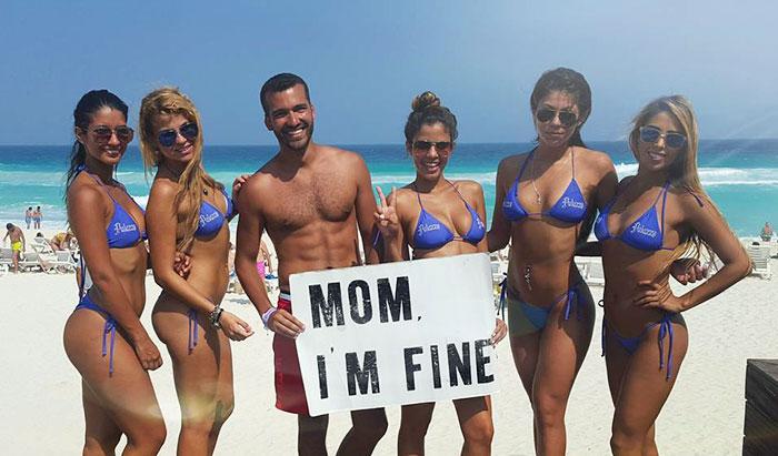 mom-im-fine-guy-travels-around-the-world-jonathan-quinonez-21