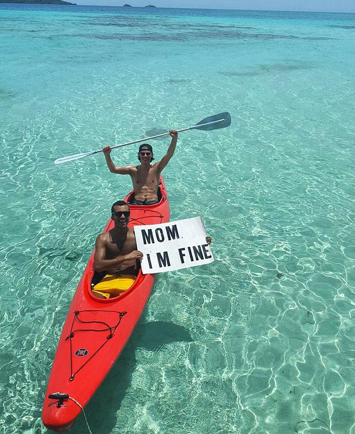 mom-im-fine-guy-travels-around-the-world-jonathan-quinonez-3