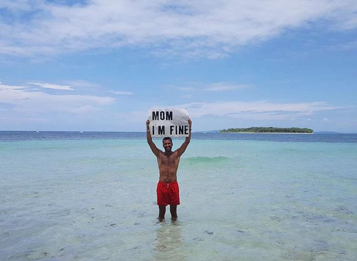 mom-im-fine-guy-travels-around-the-world-jonathan-quinonez-8