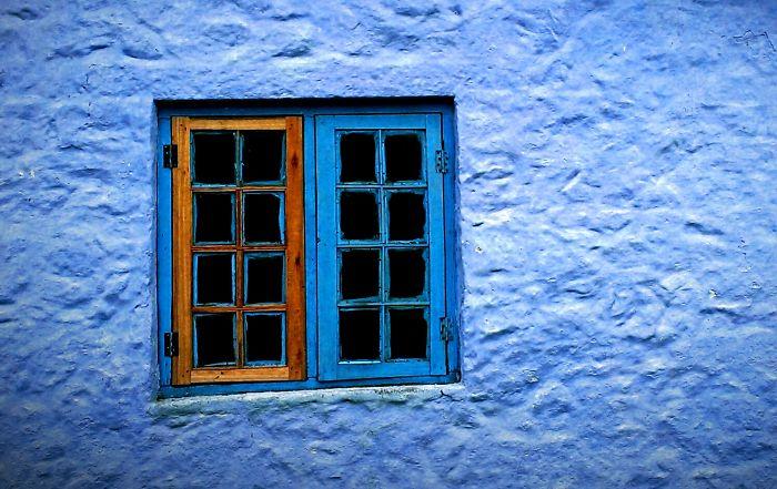 Lonely Window - India