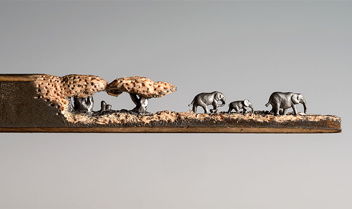 I Carved A Family Of Elephants Into A Pencil