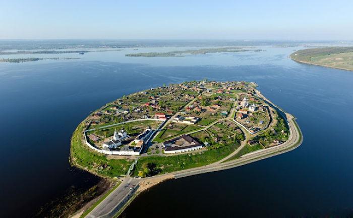The Island Town Of Sviyazhsk