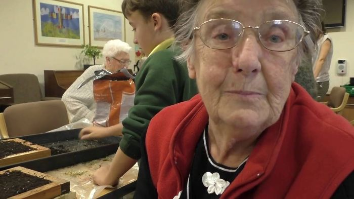 Heartwarming Gardening Project Brings The Generations Together