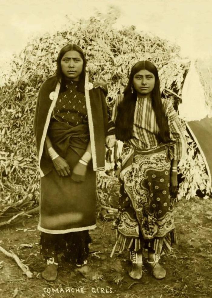 Comanche Girls, 1880-1889
