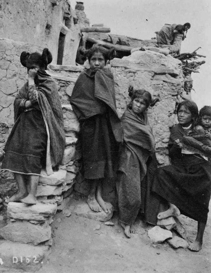 Hopi Girls, 1900