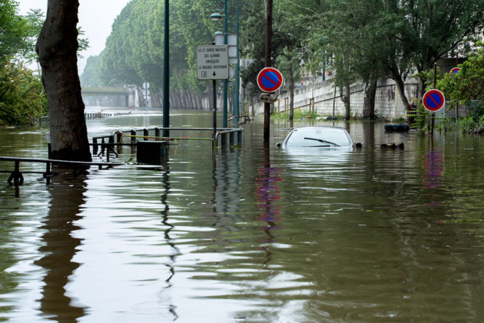 I Documented The Flood In Paris