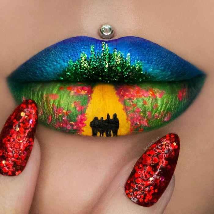 Creative-lip-makeup