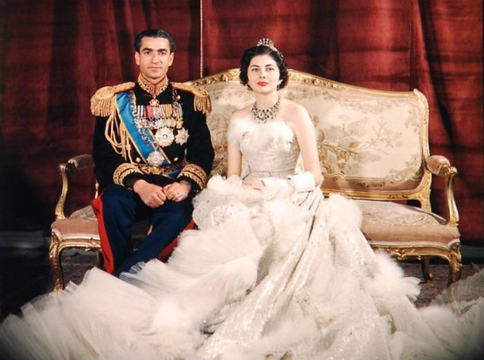 Iranian Wedding During The Time