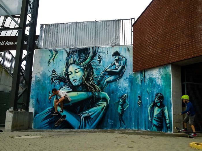 Italian Street Artist Takes Us Underwater By Painting This Mural