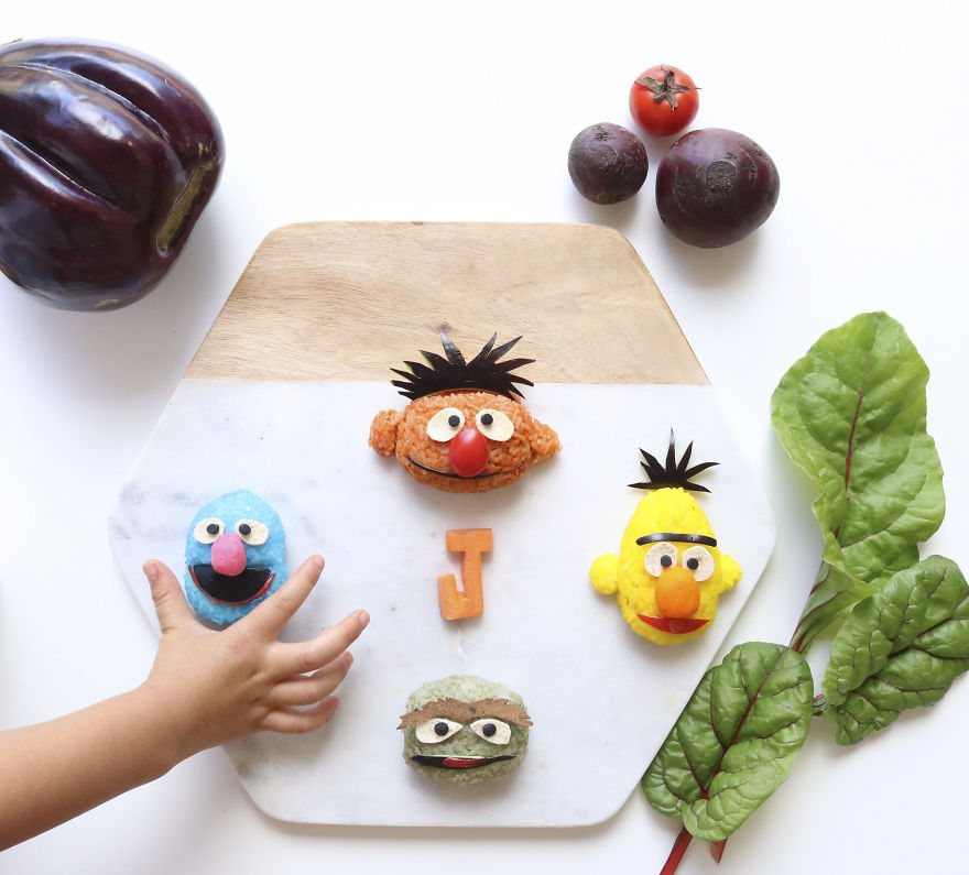 Ernie, Bert, Oscar The Grouch & Grover. Sticky Rice Balls Stuffed With Shredded Lamb, Peas, Spinach And Carrots