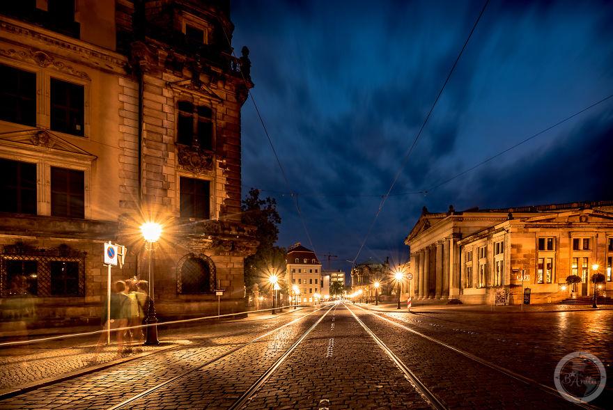 صور شوارع دريسدن في الليل