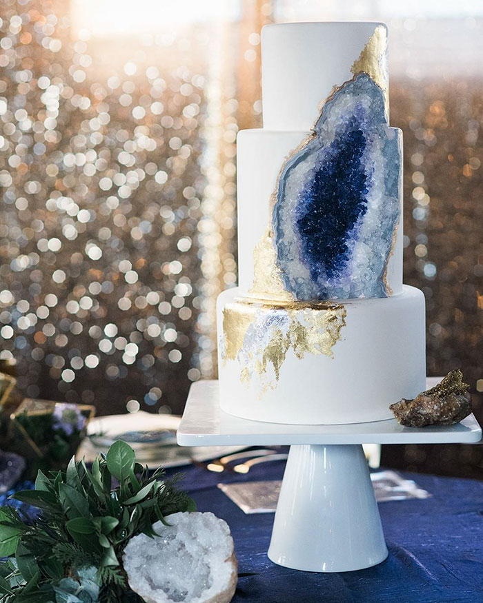 rock candy wedding cakes this new geode wedding cake trend is rocking the 19244