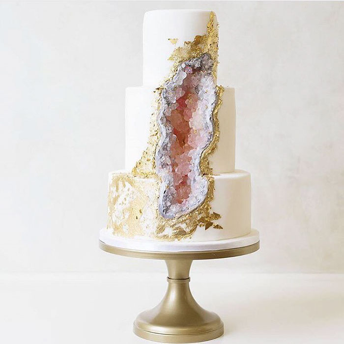 How To Make A Crystal Cave Cake
