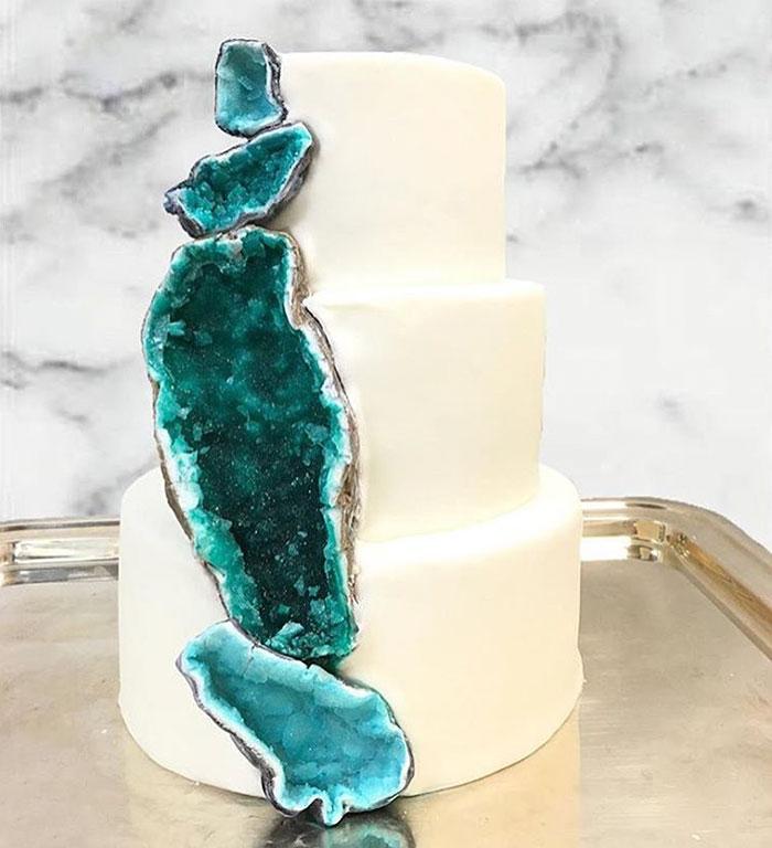 New Geode Wedding Cake Trend That Literally Rocks Veriy - Geode Wedding Cake