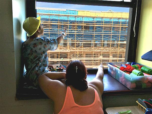 construction-worker-hides-where-is-waldo-kids-hospital-jason-haney-4