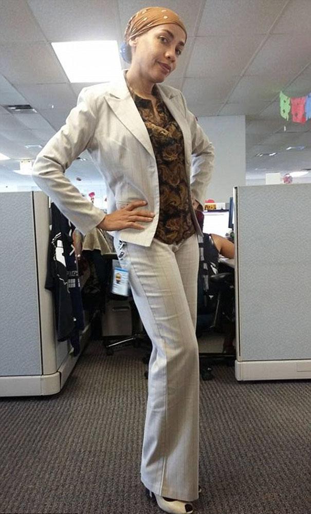 employee-trolls-boss-dress-code-cosplay-june-rivas-11