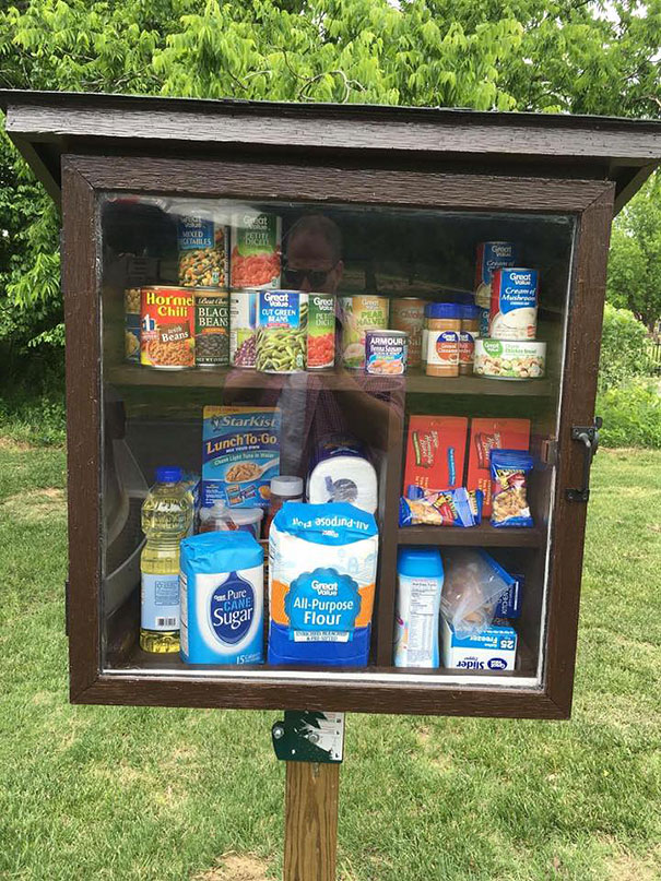 free-little-pantry-feed-homeless-poor-jessica-mcclard-1