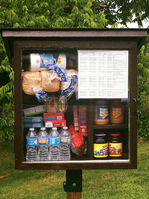 free-little-pantry-feed-homeless-poor-jessica-mcclard-11