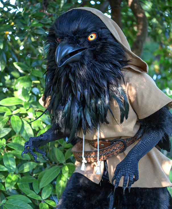 giant-raven-costume-cosplay-rue-dungeons-and-dragons-1