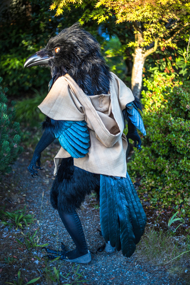 giant-raven-costume-cosplay-rue-dungeons-and-dragons-2