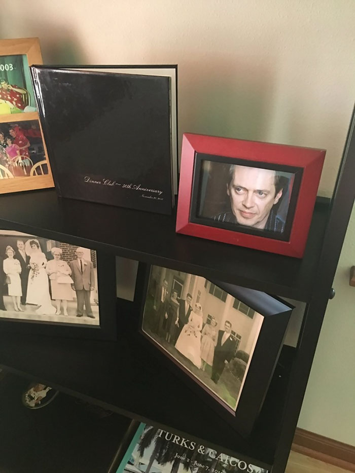 son-replaces-family-photos-steve-buscemi-clare-manion-8
