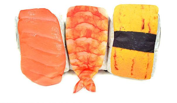 sushi-backpacks-turn-over-japanese-7