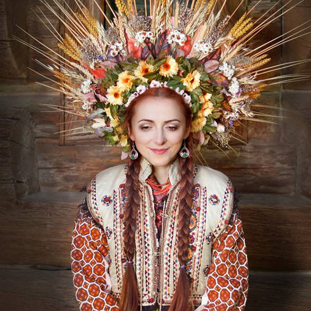 Ukrainian Women Photo Traditional 23