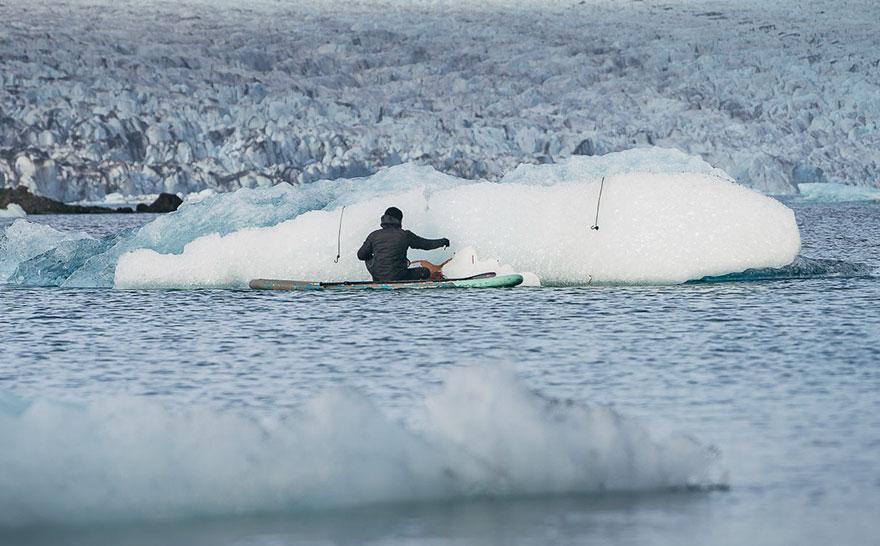 water-street-art-paddleboarding-sean-yoro-hula-2