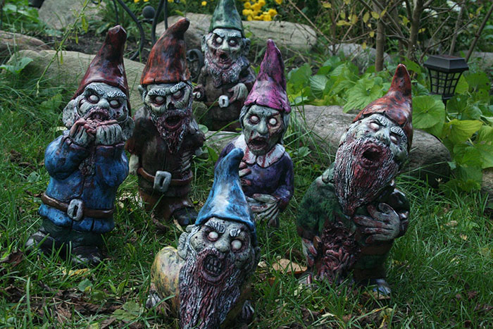 zombie-gnomes-of-the-apocalypse-revenant-fx-15