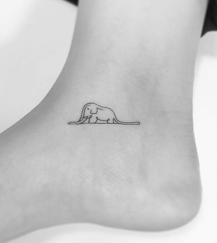102 Minimalist Tattoos By A Korean Artist Bored Panda Calm cat line tattoo behind ear. 102 minimalist tattoos by a korean