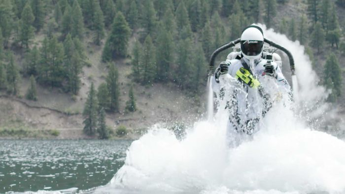 Extreme Water Stunt By 53-Year-Old Jetpack Pilot