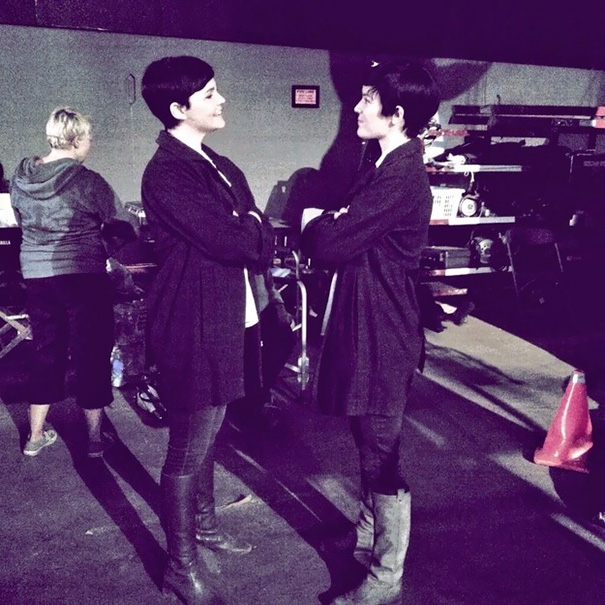 Ginnifer Goodwin With Her Stunt Double On The Set Of Once Upon A Time