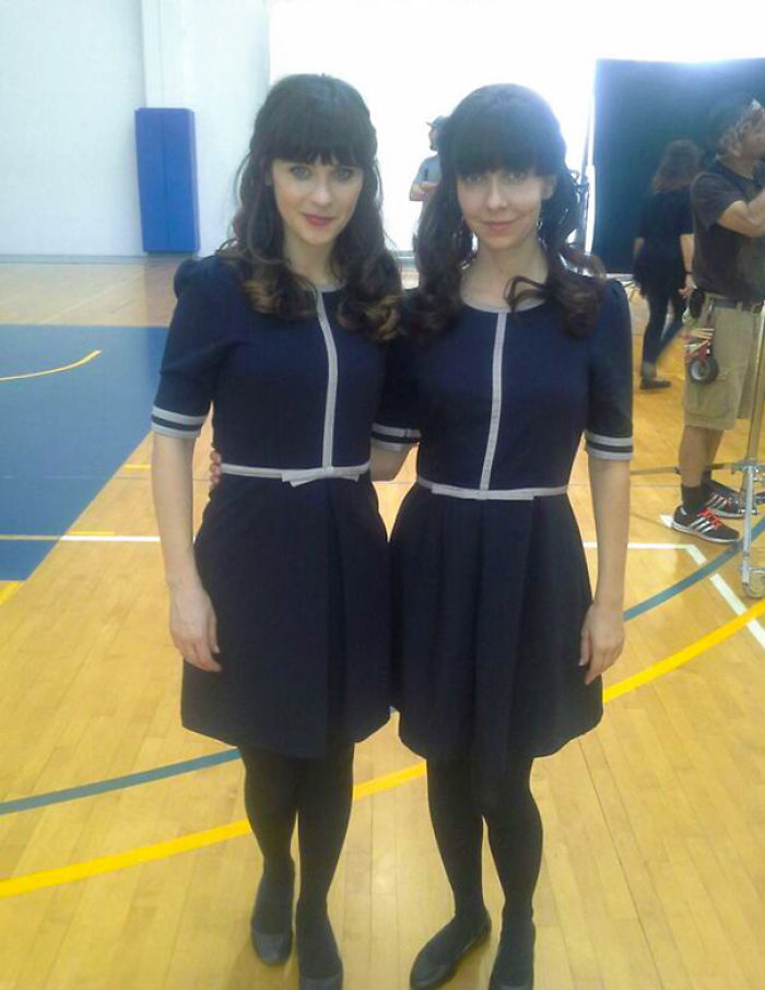 Zooey Deschanel With Stunt Double Monica Braunger On The Set Of New Girl