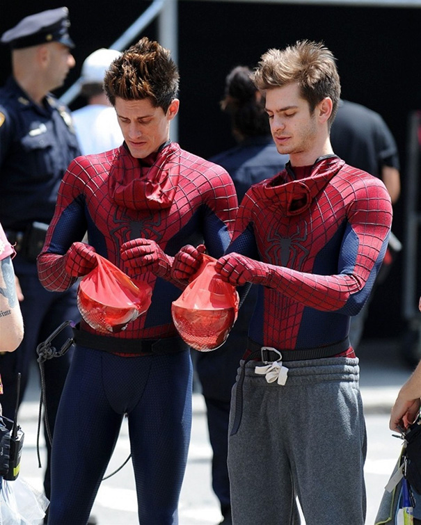 Andrew Garfield With His Stunt Double William Spencer On The Set Of Amazing Spider-Man 2