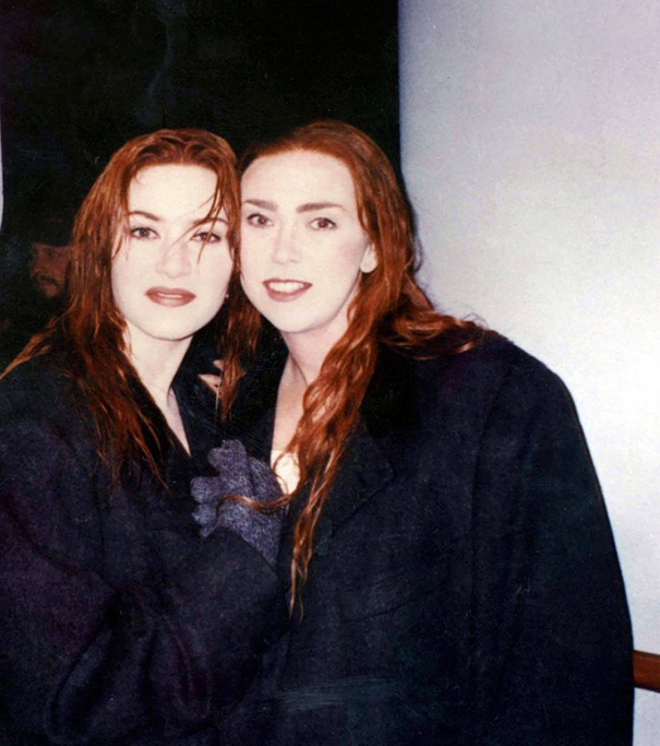 Kate Winslet With Her Stunt Double Sarah Franzl On The Set Of Titanic