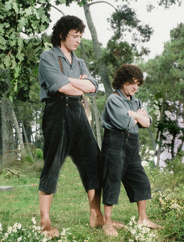 Elijah Woods With His Scale Double Kiran Shah On The Set Of The Lord Of The Rings: The Fellowship Of The Ring