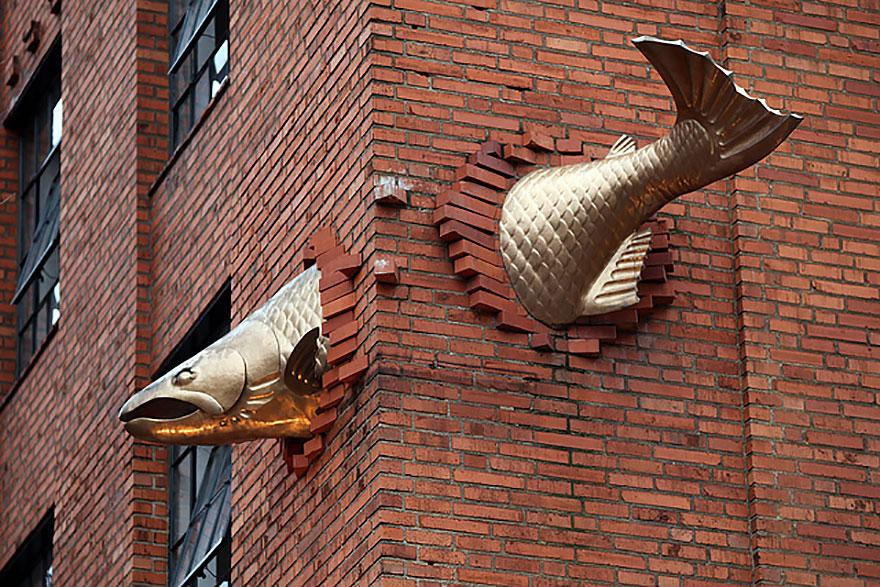 Salmon Sculpture, Portland, Oregon, Usa
