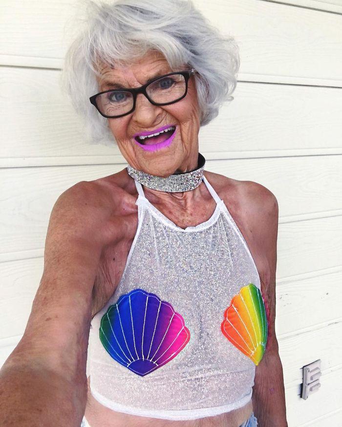 - badass grandma instagram baddie winkle 16 57ad79660a4d9  700