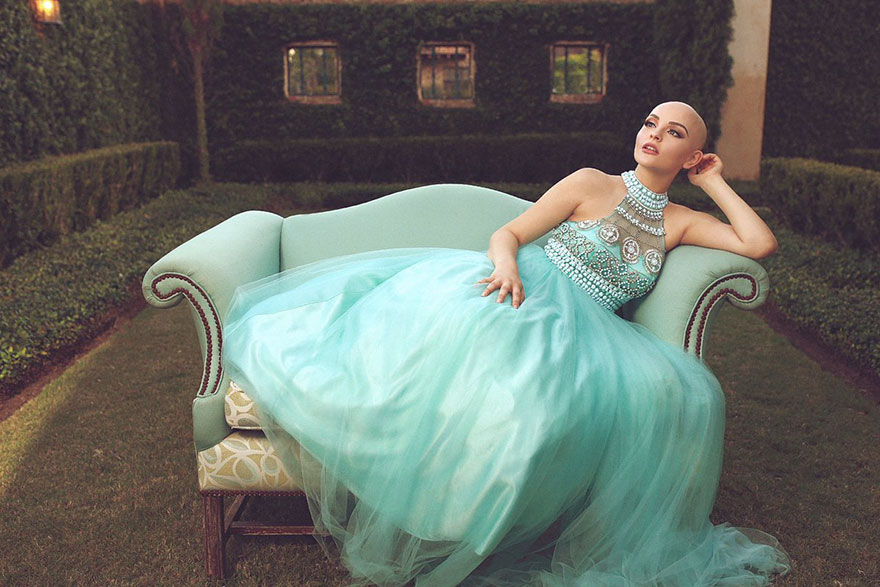 bald-teen-cancer-photoshoot-andrea-sierra-salazar-gerardo-garmendia-35