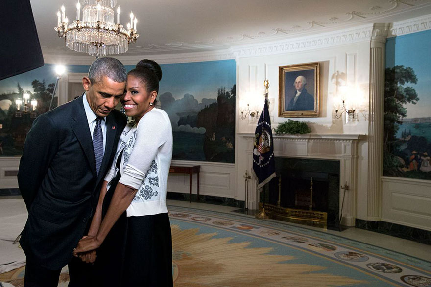 barack-obama-michelle-love-story-24