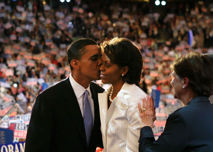 barack-obama-michelle-love-story-54