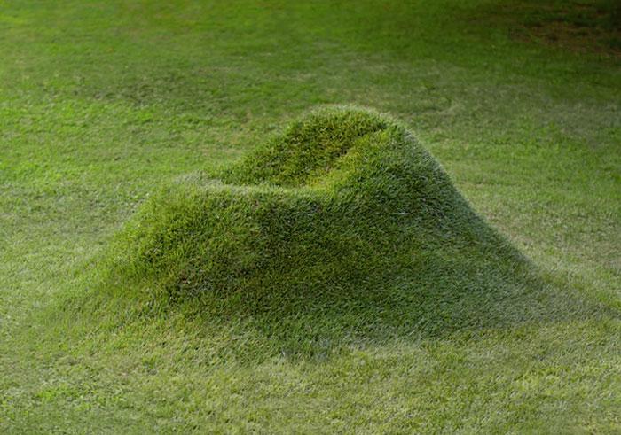http://static.boredpanda.com/blog/wp-content/uploads/2016/08/growing-grass-armchair-terra-nucleo-andrea-sanna-piergiorgio-robino-covervideo.jpg
