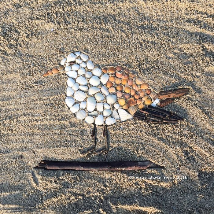 I Create Temporary Beach Mosaics From Things I Find There (Part 2)