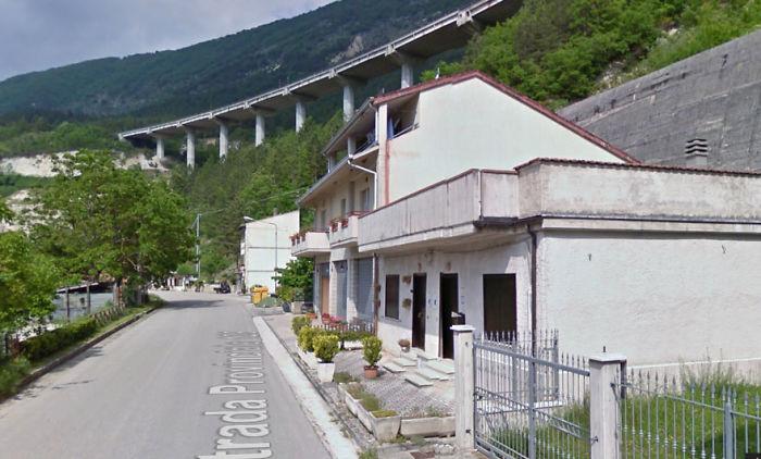 Street In Pescara Del Tronto