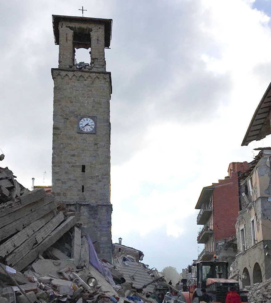 Italie, tremblement de terre de 6,2 Italy-earthquake-before-after-2
