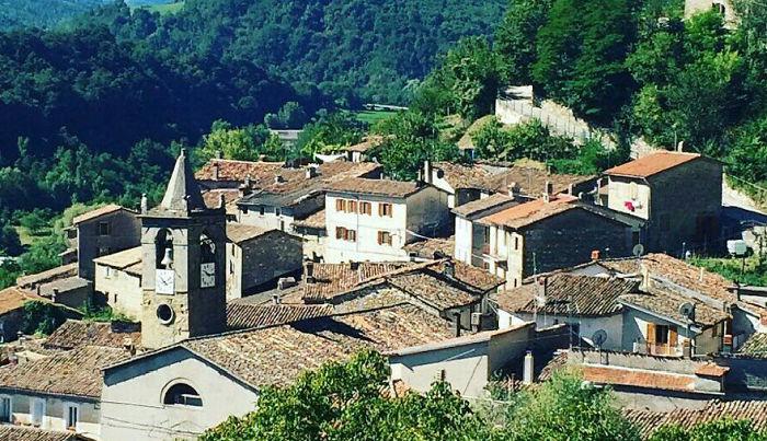 The Village Of Pescara Del Tronto