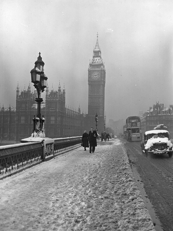 Westminster Bridge, 14 January 1955